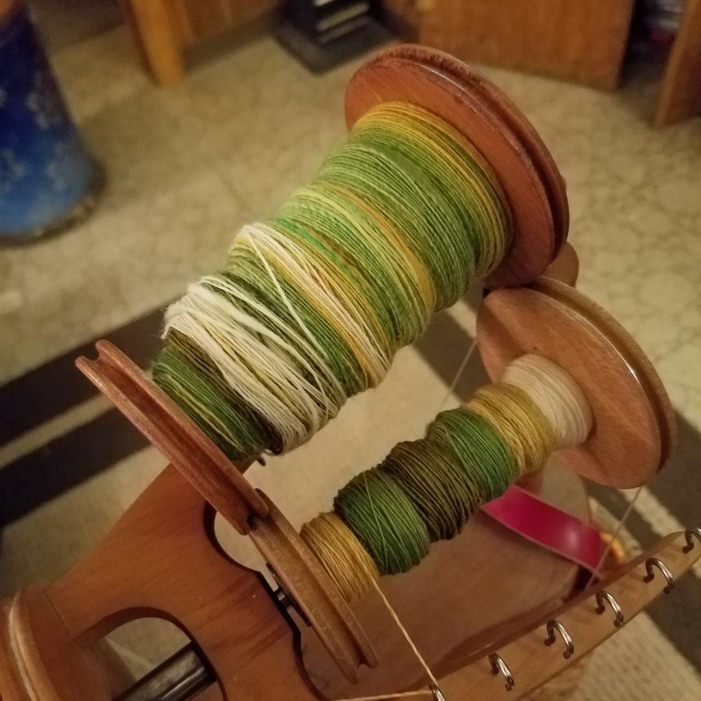 Fractal spinning bobbins