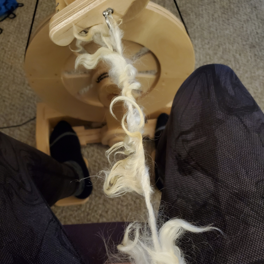 tailspun white yarn